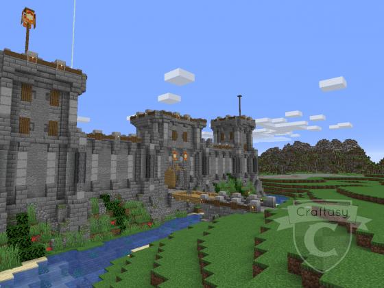Stadtmauer von Kan Moran mit Turm und Tor
